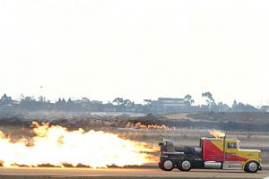 Click image for larger version  Name:jet truck2.jpg Views:465 Size:24.6 KB ID:10521