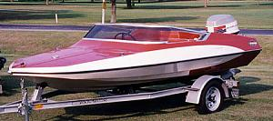 Click image for larger version  Name:bond boat one.jpg Views:673 Size:106.8 KB ID:14443