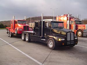 Click image for larger version  Name:truck_towing_truck_on_trailer.jpg Views:128 Size:101.9 KB ID:15684