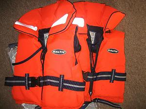 Click image for larger version  Name:Lifejackets.jpg Views:73 Size:73.6 KB ID:15743
