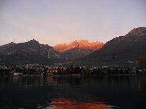 Click image for larger version  Name:lake1.JPG Views:234 Size:75.2 KB ID:18171