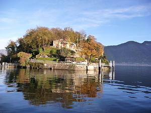 Click image for larger version  Name:lake2.JPG Views:267 Size:155.7 KB ID:18172