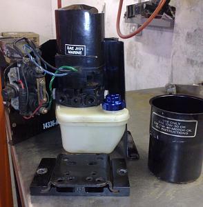 Click image for larger version  Name:Trim pump.jpg Views:150 Size:146.0 KB ID:21772
