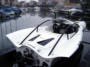 Click image for larger version  Name:bat-boat-2.jpg Views:958 Size:126.8 KB ID:29537
