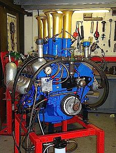 Click image for larger version  Name:fast foward engine.jpg Views:511 Size:285.3 KB ID:29821