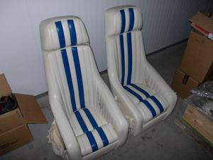 Click image for larger version  Name:seats skater.jpg Views:242 Size:244.8 KB ID:32622