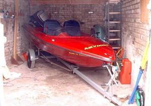 Click image for larger version  Name:redboatsm.jpg Views:295 Size:42.1 KB ID:3333
