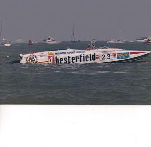 Click image for larger version  Name:powerboat3abandoned43.jpg Views:245 Size:71.2 KB ID:35514