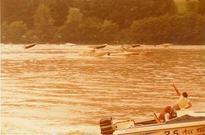 Click image for larger version  Name:Austrian Grand Prix 1975 Start.jpg Views:352 Size:79.8 KB ID:41830