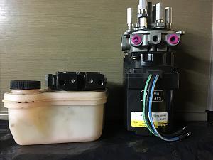 Click image for larger version  Name:Trim Pump & Tank.jpg Views:78 Size:72.4 KB ID:48621