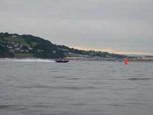 Click image for larger version  Name:race 1 (500 x 375).jpg Views:826 Size:27.5 KB ID:5318
