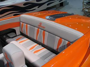 Click image for larger version  Name:1780la_boat_show_2006_014.jpg Views:366 Size:42.3 KB ID:7557